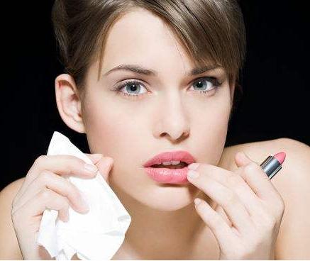 长沙亚韩整形医院整容隆鼻如何 易东风专家打造精致美鼻