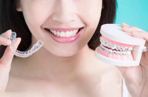 畸形牙齿矫正绝佳年龄有三个阶段 上海圣贝口腔医院怎么样