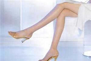 腿部激光脱毛一般多少钱 成都艾美薇医院无痛脱毛光滑肌理