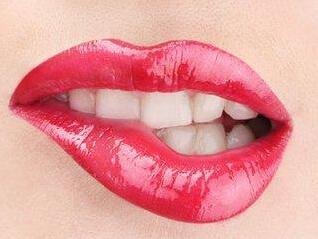洛阳第一人民医院漂唇多少钱 拥有自然粉嫩唇色