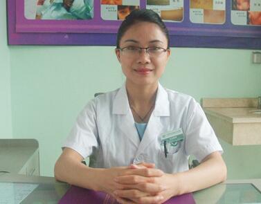 纹唇能保持多久 广州鸿业整形医院林文坤帮你打造迷人妆容