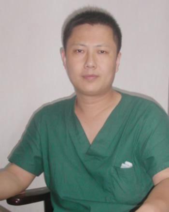 深圳华医整形医院尚绍辉彩光嫩肤 帮你解决肌肤问题