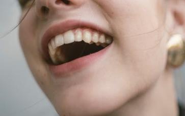 做种植牙需要什么条件 合肥友好口腔整形科牙种植要多少钱