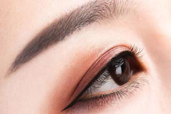 做双眼皮怎样恢复得快 长沙华韩华美整形医院余春国专业吗