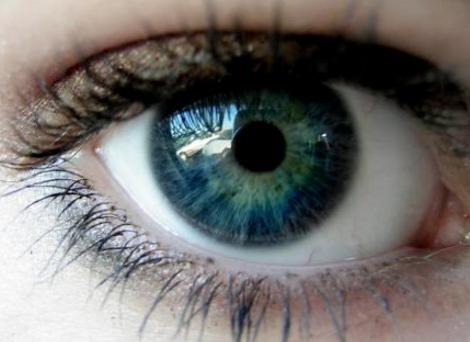 双眼皮修复术 双眼皮修复价格表公开 找回眼部美丽