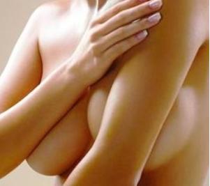 自体脂肪丰胸可以维持多久  会留疤痕吗