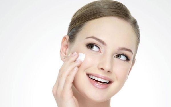 双眼皮切开手术需要多久恢复 适合哪些人