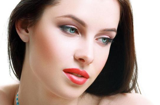 纹眉毛的价格一览表 半永久纹眉 让脸蛋变得更立体