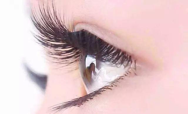 睫毛种植手术恢复期要多久  怎么护理 告别短睫毛