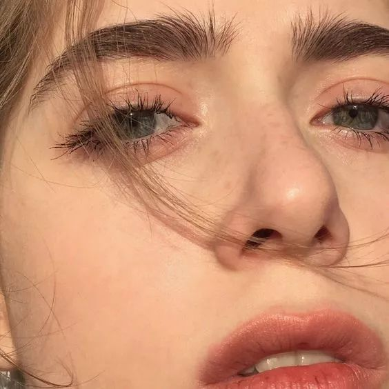 眼整形 埋线双眼皮价格一览表 埋线双眼皮恢复多久