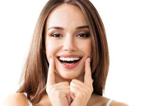 假体隆鼻手术多少钱  拥有高鼻梁 打造美颜