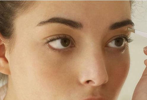 眉毛整形方法  纹眉适合哪些人 多久可以长出来