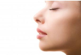 鼻翼缩小多久消肿  打造精致小巧美鼻