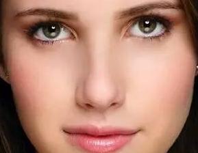 鼻部整形 假体隆鼻价格是多少 塑造精致侧颜